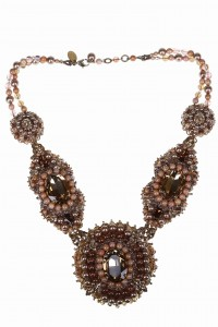 Baroque-style necklace