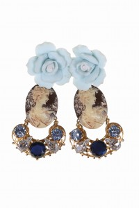Baroque-style earrings